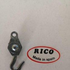Juguetes antiguos Rico: RICO, (ORIGINAL) GANCHO GRUA LAND ROVER... Lote 205044783