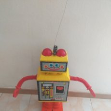 Juguetes antiguos Rico: ROBOT PEPO DE LA CASA RICO, ( MONO CANAL ). Lote 206247497