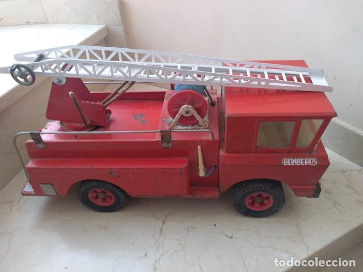 Juguetes antiguos Rico: Impresionante camión de bomberos Rico años 70. 53 cms de largo - Foto 5 - 208870326