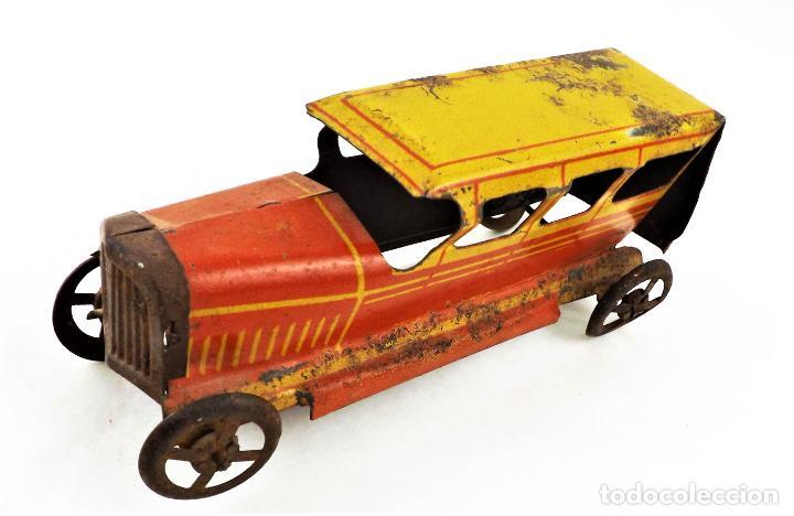 Juguetes antiguos Rico: Rico original. Automóvil antiguo bicolor Cca.1940 - Foto 2 - 237718735