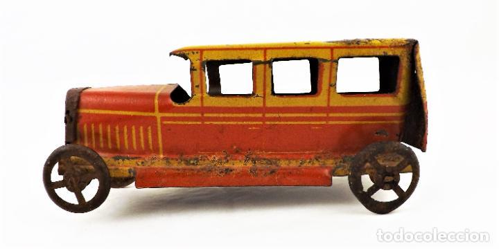 Juguetes antiguos Rico: Rico original. Automóvil antiguo bicolor Cca.1940 - Foto 3 - 237718735