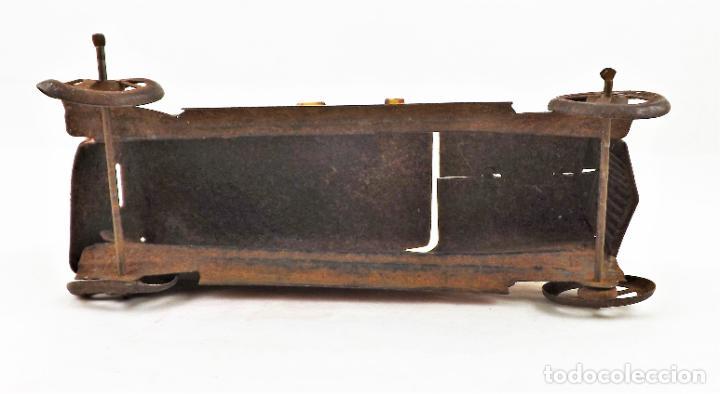 Juguetes antiguos Rico: Rico original. Automóvil antiguo bicolor Cca.1940 - Foto 6 - 237718735