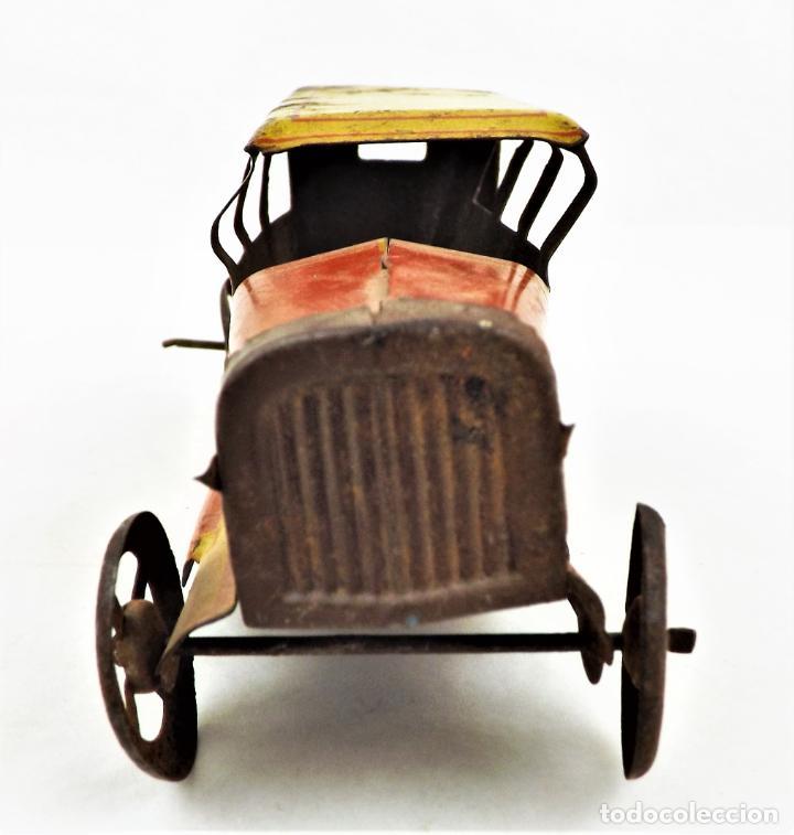 Juguetes antiguos Rico: Rico original. Automóvil antiguo bicolor Cca.1940 - Foto 7 - 237718735