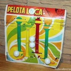 Juguetes antiguos Rico: ANTIGUO EXPOSITOR JUGUETERIA DE LA PELOTA LOCA, DE RICO - AÑOS 70 - CONSERVA 4 UNIDADES. Lote 240664845