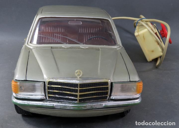 Juguetes antiguos Rico: Mercedes 450 SE Rico Diplomático Eléctrico Conducido cabledirigido años 70 Funciona - Foto 3 - 245232810