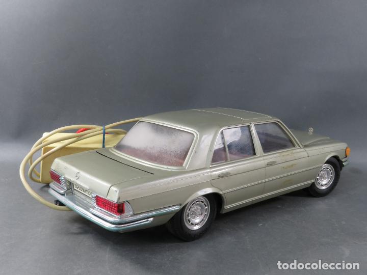 Juguetes antiguos Rico: Mercedes 450 SE Rico Diplomático Eléctrico Conducido cabledirigido años 70 Funciona - Foto 5 - 245232810