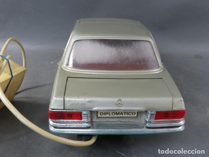 Juguetes antiguos Rico: Mercedes 450 SE Rico Diplomático Eléctrico Conducido cabledirigido años 70 Funciona - Foto 6 - 245232810