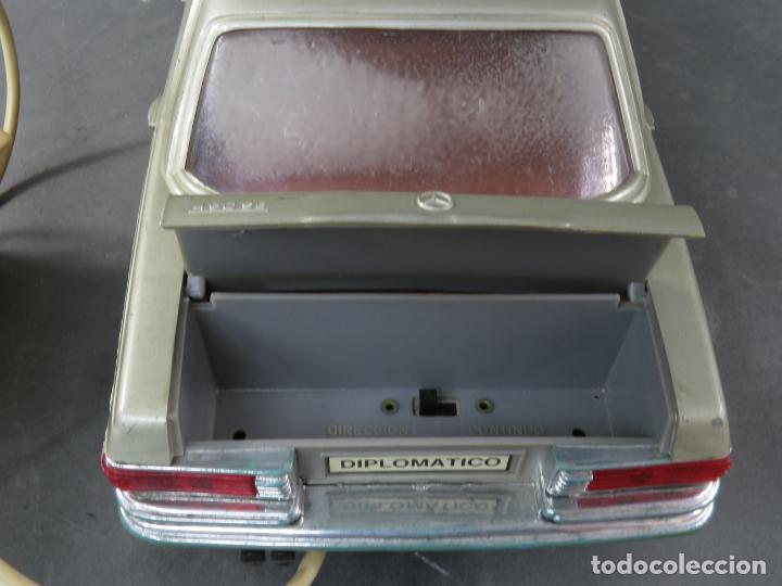 Juguetes antiguos Rico: Mercedes 450 SE Rico Diplomático Eléctrico Conducido cabledirigido años 70 Funciona - Foto 7 - 245232810