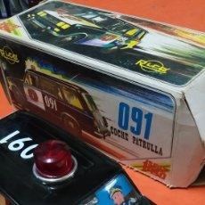 Juguetes antiguos Rico: CLASICO COCHE POLICIA 091 - SEAT 1430 RICO. Lote 263541620