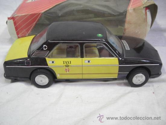 SEAT. 132 L. TAXI DE BARCELONA. DE LA CASA ROMÁN. (Juguetes - Marcas Clásicas - Román)