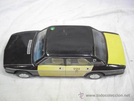 Juguetes antiguos Román: Seat. 132 L. Taxi de Barcelona. De la casa Román. - Foto 5 - 26420446