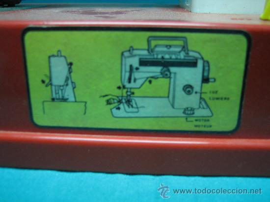 Juguetes antiguos Román: Maquina de coser de juguete Román - Foto 2 - 30893207