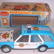 Brinquedos antigos Román: COCHE ROMAN SALVA OBSTACULOS, SERIE 2500/I, POLICIA, FUNCIONA, EN CAJA. CC. Lote 31373659