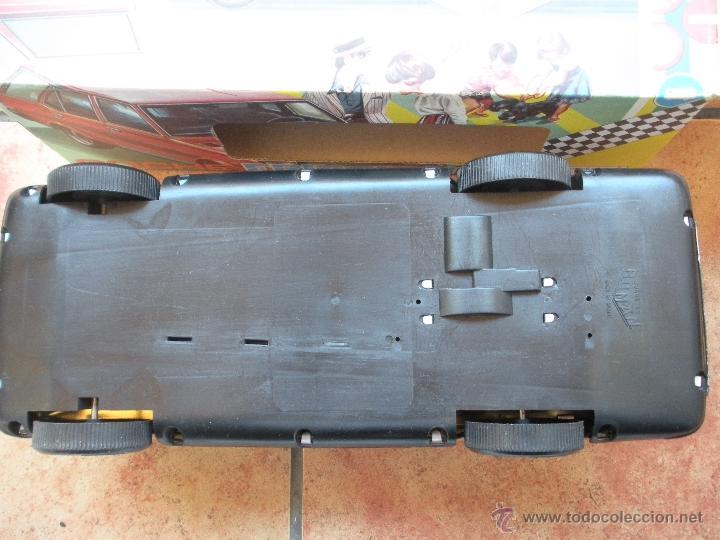 Juguetes antiguos Román: coche policia a friccion , marca roman de chapa y plastico, medidas 37 x 13 x 15 cm, caja nueva, - Foto 3 - 39835879