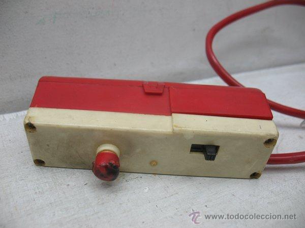 Juguetes antiguos Román: Roman - Coche de bomberos teledirigido serie 1500 con cable Fire 509 con mecanismo a pilas - Foto 10 - 43906601