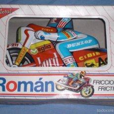 Juguetes antiguos Román: MOTO CHAPA ROMAN AÑOS 80 CAJA ORIGINAL. Lote 55387802