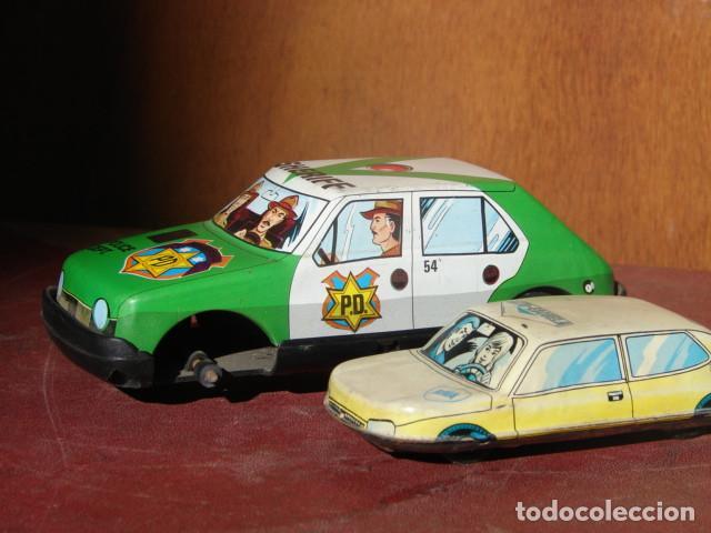 2 COCHES HOJALATA A REPARAR : AUTOESCUELA Y SHERIFF - ROMÁN (Juguetes - Marcas Clásicas - Román)