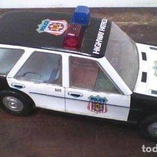 Juguetes antiguos Román: COCHE DE POLICÍA . Lote 80920264
