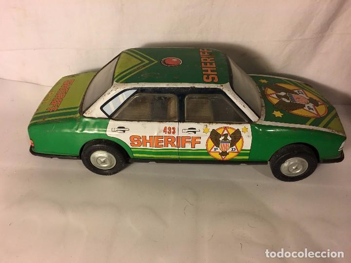Altes Spielzeug Román: ANTIGUO COCHE ROMAN EN HOJA DE LATA HOJALATA SHERIFF - Foto 3 - 98229187