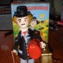 Juguetes antiguos Román: JUGUETE MUÑECO CUERDA EL VAGABUNDO DE ROMÁN CHARLES CHAPLIN. Lote 98629455