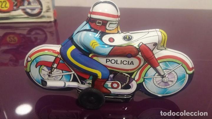 Juguetes antiguos Román: MOTO POLICIA HOJALATA - SPRINT JUGUETES ROMAN - Foto 3 - 116140607