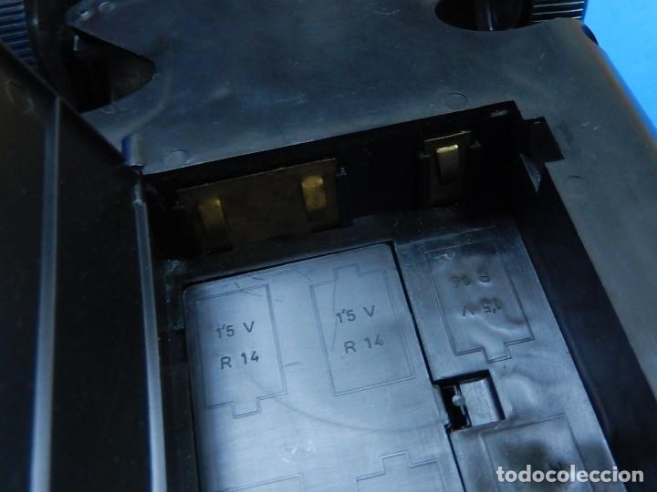 Juguetes antiguos Román: Seat 131 L, Cuerpo de Bomberos Jefatura. N 35. Distintivo de bomberos de Barcelona. Román. España. - Foto 29 - 120751831