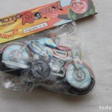 Juguetes antiguos Román: MOTO RECORD, V-12 DE ROMAN, EN HOJADELATA, AÑOS 70. Lote 135749258