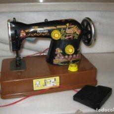 Brinquedos antigos Román: MAQUINA DE COSER ROMAN DE JUGUETE.. Lote 137901758