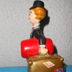 Juguetes antiguos Román: CHARLOT EL ALEGRE VAGABUNDO. AÑOS 60. Lote 143371158