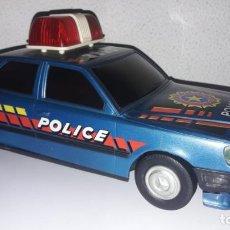 Juguetes antiguos Román: COCHE POLICÍA POLICE SALVAOBSTACULOS DE ROMAN MADE IN SPAIN CG. Lote 149924518