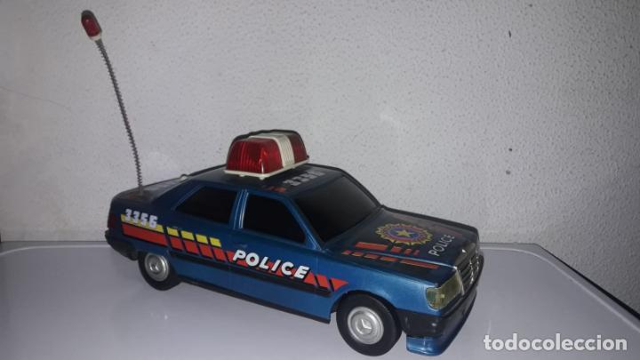 Juguetes antiguos Román: Coche policía police salvaobstaculos de Roman made in spain cg - Foto 2 - 149924518