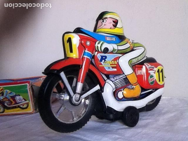 Altes Spielzeug Román: MOTO a FRICCIÓN NUEVA de ROMÁN 23 cm. En CAJA - Foto 3 - 151108446