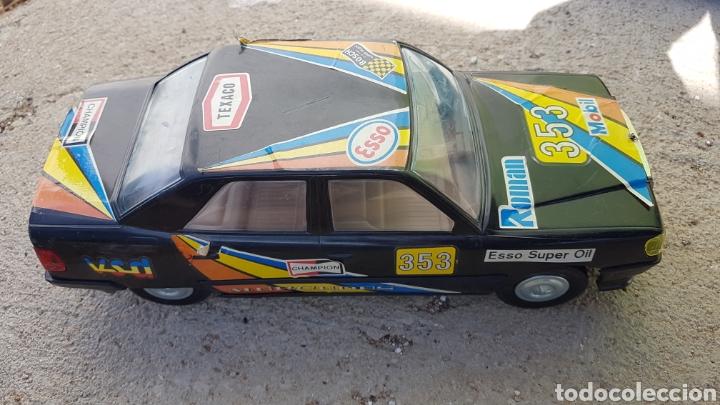 Juguetes antiguos Román: Coche Mercedes Román a pilas - Foto 2 - 182676281