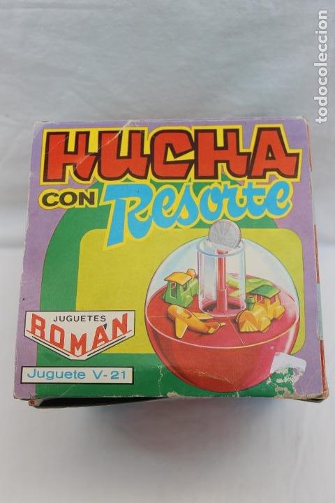Juguetes antiguos Román: HUCHA CON RESORTE DE ROMAN. JUGUETE V-21, AÑOS 70 - Foto 11 - 193702795