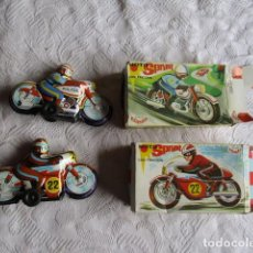Juguetes antiguos Román: LOTE DE DOS MOTO DE JUGUETE DE CHAPA ANTIGUOS VER FOTOS JUGUETES ROMAN MOTO SPRINT. Lote 204491162