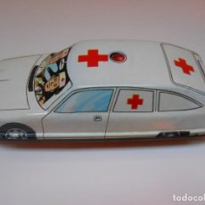 Jouets anciens Román: JUGUETES ROMAN COCHE CITROEN CHAPA AMBULANCIA MODEL CAR TIN TOY LATA AMBULANCE ALFREEDOM. Lote 215259098