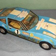 Brinquedos antigos Román: ANTIGUO COCHE DE HOJALATA DE FRICCION DE ROMAN FUNCIONA. Lote 236616970