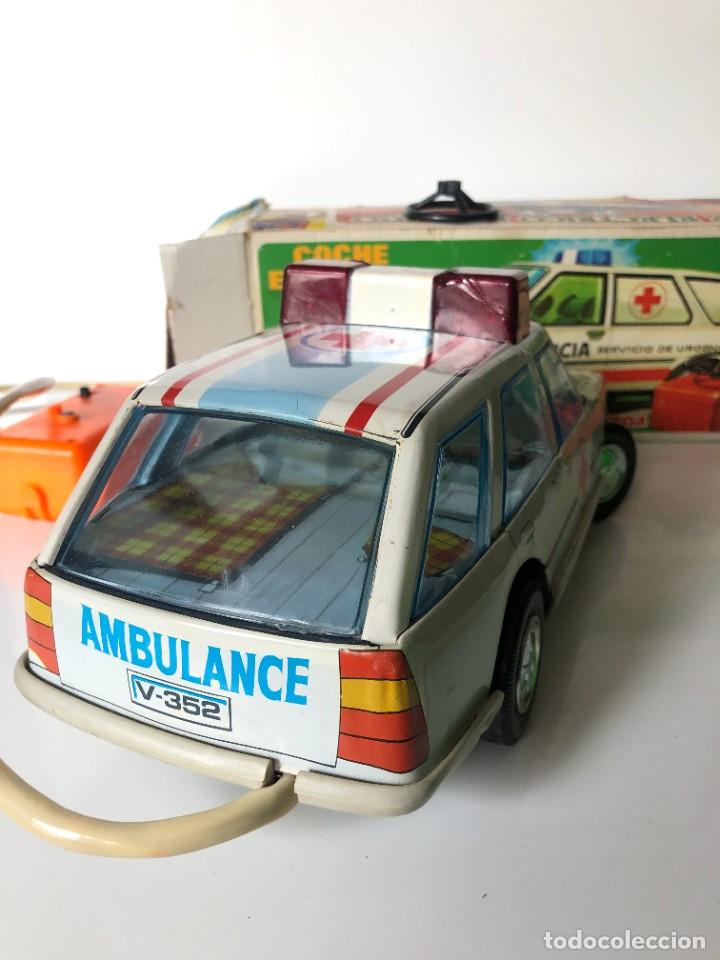 Juguetes antiguos Román: Renault 18 Roman, ambulancia - Foto 4 - 266036823