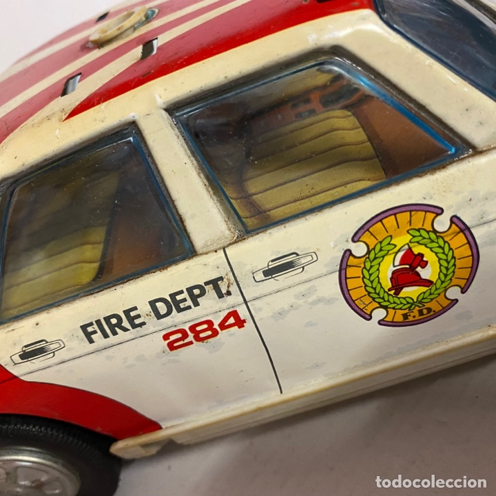 Juguetes antiguos Román: Antiguo coche salva obstáculos juguetes Román bomberos Fire control dept. 284 va a pilas - Foto 3 - 278390093