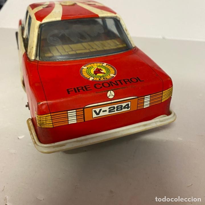 Juguetes antiguos Román: Antiguo coche salva obstáculos juguetes Román bomberos Fire control dept. 284 va a pilas - Foto 4 - 278390093