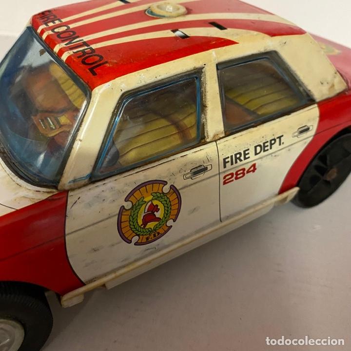 Juguetes antiguos Román: Antiguo coche salva obstáculos juguetes Román bomberos Fire control dept. 284 va a pilas - Foto 5 - 278390093