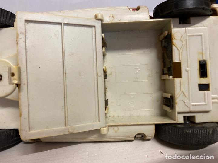 Juguetes antiguos Román: Antiguo coche salva obstáculos juguetes Román bomberos Fire control dept. 284 va a pilas - Foto 13 - 278390093