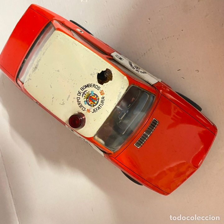 Juguetes antiguos Román: Antiguo coche salva obstáculos juguetes Román cuerpo de bomberos Jefatura 35 va a pilas - Foto 3 - 278395528
