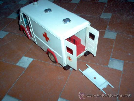 Juguetes antiguos Sanchís: Ambulancia COMMER de Sanchis - Foto 5 - 26415279
