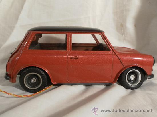 Juguetes antiguos Sanchís: Mini 1275 GT. Ref. 262 E. Fabricado por Sanchís. - Foto 3 - 30855788