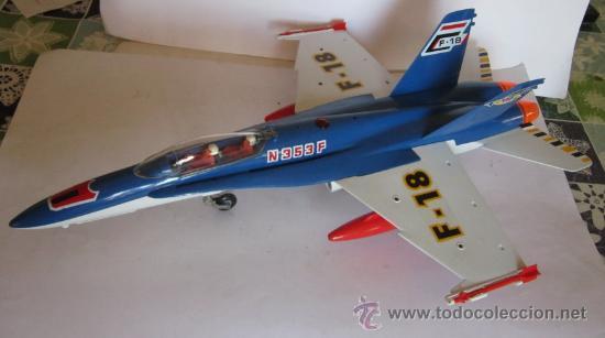 Juguetes antiguos Sanchís: AVION F-18 SANCHIS, REF 353, A FRICCION, CON SIRENA, EN CAJA. CC - Foto 2 - 32260833