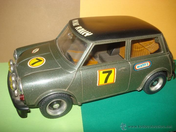 Juguetes antiguos Sanchís: Antiguo y Precioso MINI 1275 GT RALLY a Fricción de Juguetes SANCHIS de IBI . Año 1960s. - Foto 11 - 40298554