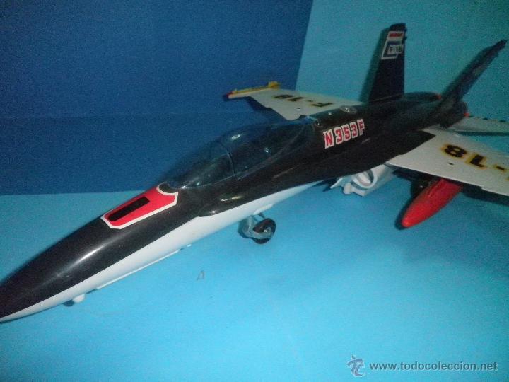 Juguetes antiguos Sanchís: AVION DE FRICCION F-18 DE SANCHIS - Foto 3 - 40649264
