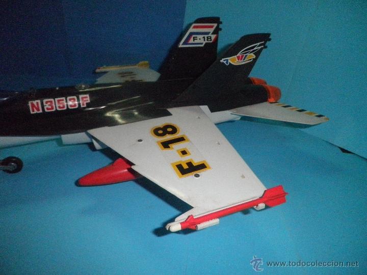 Juguetes antiguos Sanchís: AVION DE FRICCION F-18 DE SANCHIS - Foto 4 - 40649264