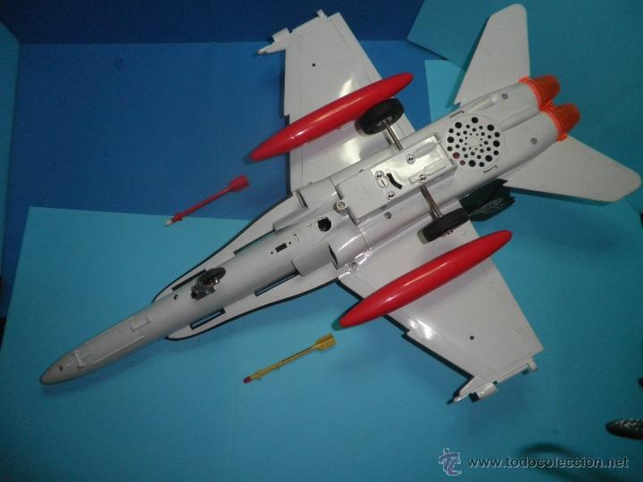 Juguetes antiguos Sanchís: AVION DE FRICCION F-18 DE SANCHIS - Foto 7 - 40649264